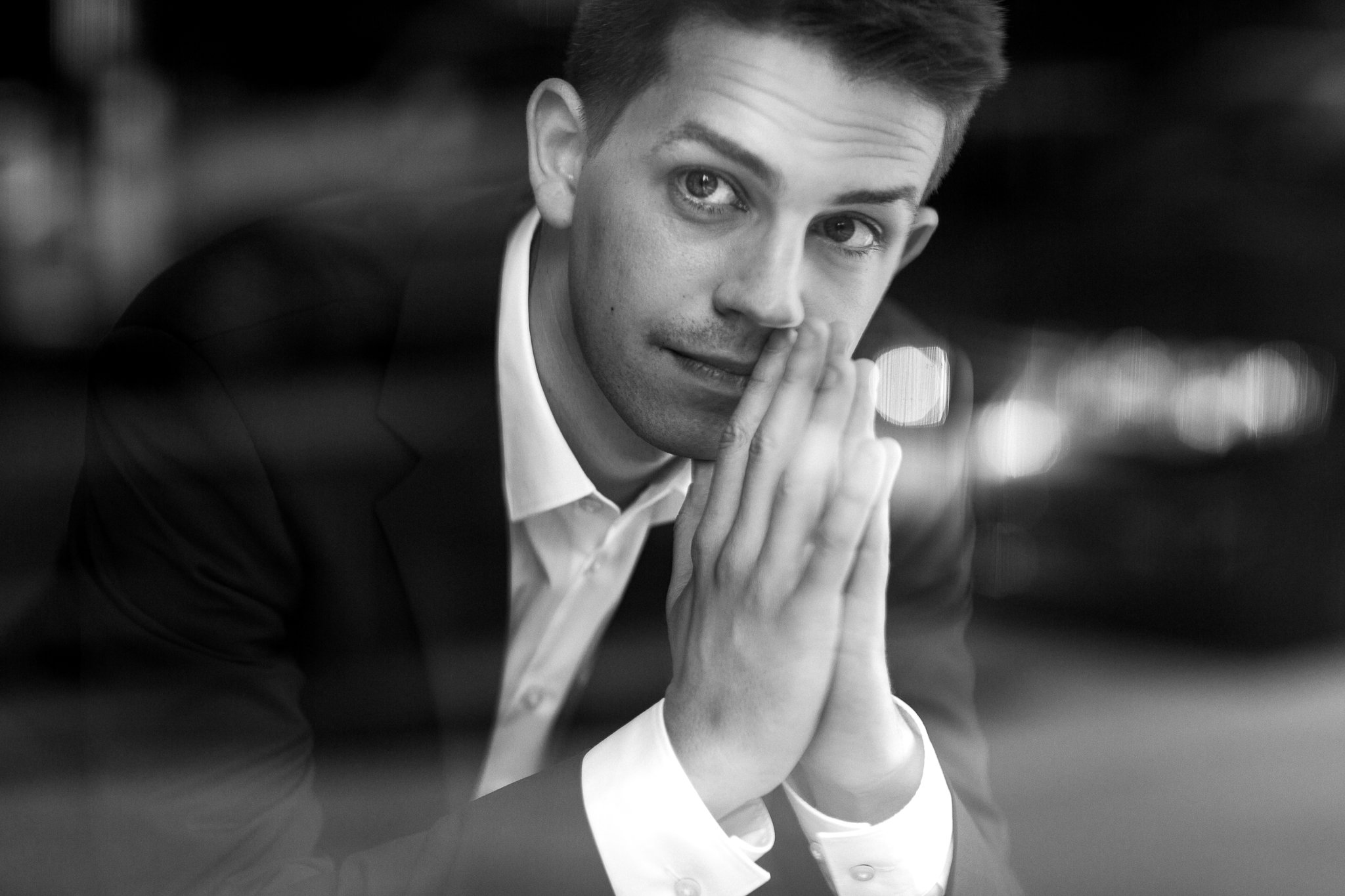 """Pianist Pawel Markowicz: Philip Glass' Music as an """"Exciting Mystery"""""""